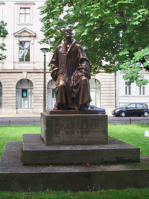 Hermann Emil Fischer - Monument to Hermann Emil Fischer in Berlin