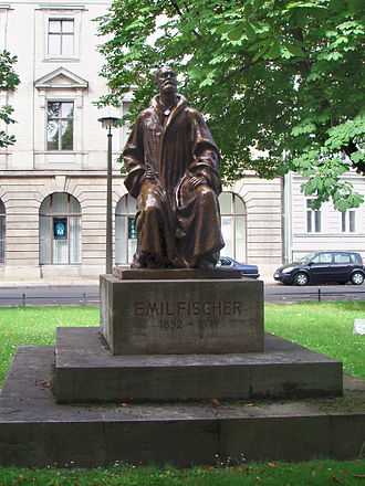 Emil Fischer - Monument to Emil Fischer in Berlin