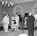 Het koninklijk paar luistert naar de toespraak van de heer Alvarez Correa tijden, Bestanddeelnr 252-3600.jpg