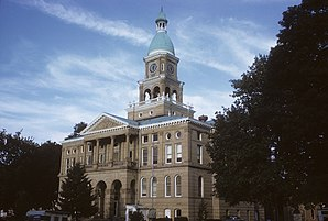 Hillsdale County Courthouse in Hillsdale, gelistet im NRHP Nr. 82002835[1]
