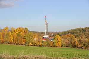 Shale gas in the United States - Drilling a horizontal shale gas well in Appalachia