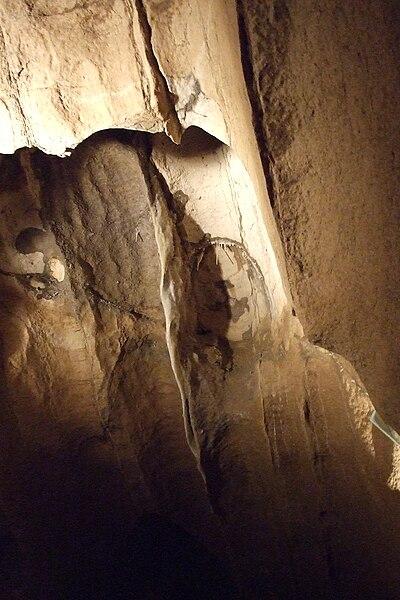 Hotton-Caves-3.JPG