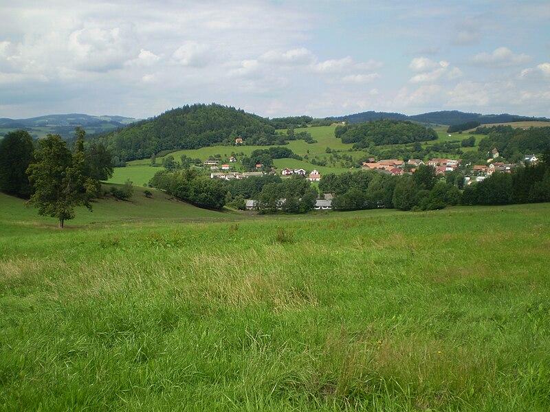 File:Hulkovice.JPG