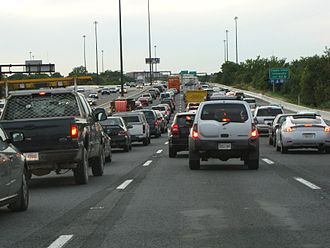 Interstate 95 in Maryland - Traffic congestion on I-95 southbound in Baltimore
