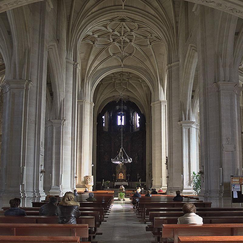 Iglesia de San Lesmes Abad (Burgos). Nave central.jpg