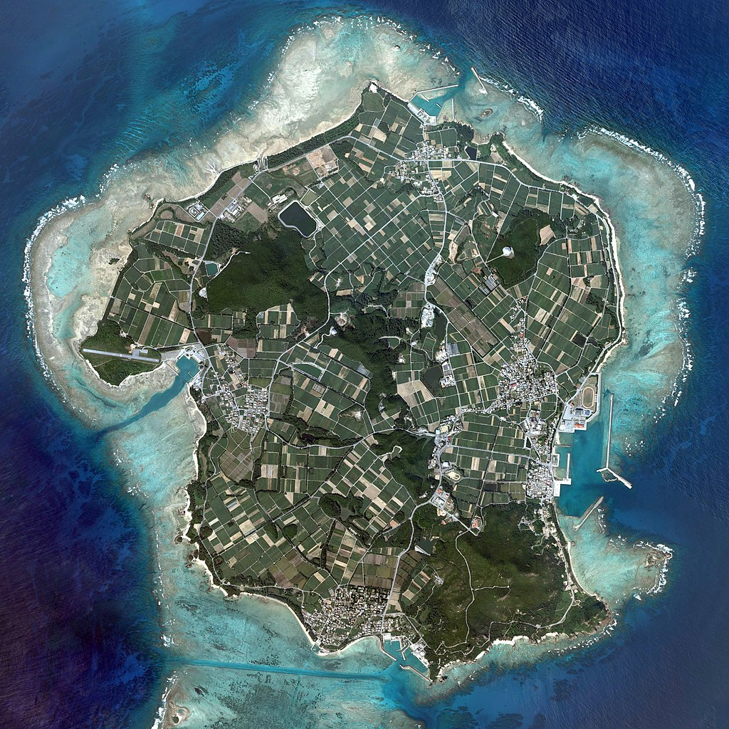 Izena Island gsi-20081025