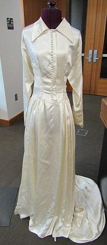 ef61a746f Vestido de novia - Wikipedia