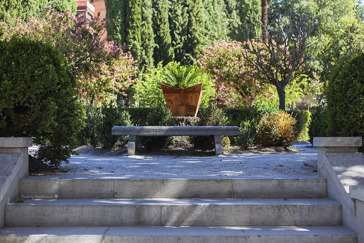 Jardín Cuarto Real de Santo Domingo1.jpg