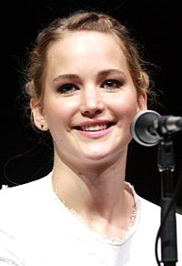 Jennifer Lawrence SDCC 2013 (cropped).jpg