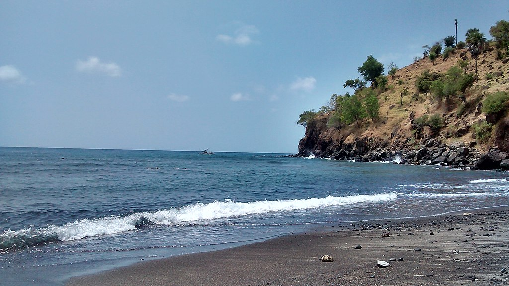 Jl. Amed, Bunutan, Abang, Kabupaten Karangasem, Bali 80852, Indonesia - panoramio