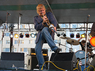 John Christianson (musician) - Christianson performing with Reel Big Fish in 2007
