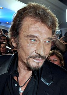 Johnny Hallyday earned a  million dollar salary, leaving the net worth at 275 million in 2017