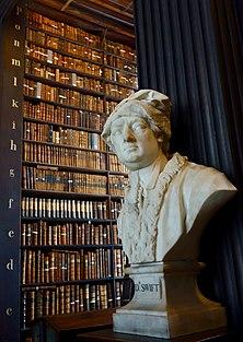 Jonathan Swift at Old Library (41368493754).jpg