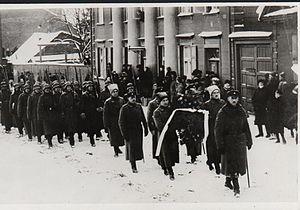Kaarel Eenpalu - Eenpalu at the head of the procession of Julius Kuperjanov's funeral in Tartu, 1919.