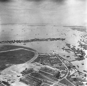 Kallang Airport - Image: Kallang Airport aerial photo 1945
