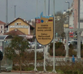 Bilingual sign in Bandırma.