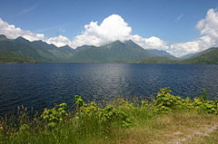 Kennedy Lake along Highway 4.jpg