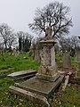 Kensal Green Cemetery (47559712421).jpg