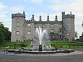 Kilkenny Castle (49151950611).jpg
