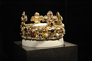 Essen Crown - The crown as part of the exhibition Gold vor Schwarz, 2008