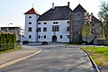 Klagenfurt Schloss Welzenegg Westansicht 11042009 34.jpg