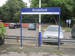 Knutsford railway station (12).JPG