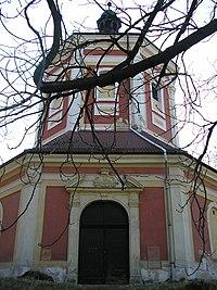 Kostel u Schořova2 02042005.JPG