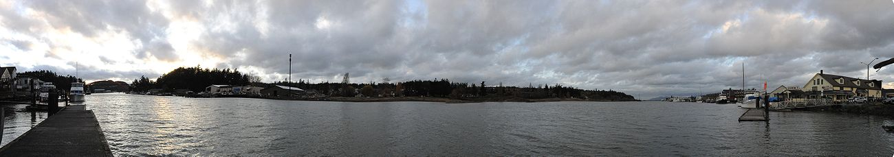 A roughly 220° view of the Swinomish Channel, near downtown La Conner. Pier 7 can be seen at right.