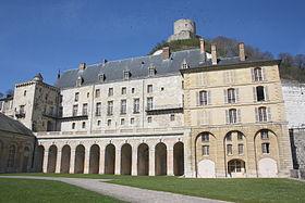 Le château de La Roche-Guyon.