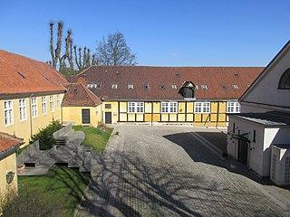 Lakajgården