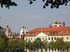 Landtag und Hundertwasserhaus.jpg