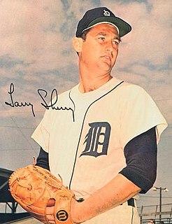 Larry Sherry American professional baseball player, pitcher, coach
