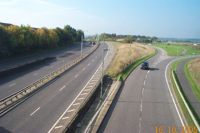 Leavesden Green, A41 North Western Avenue - geograph.org.uk - 66236