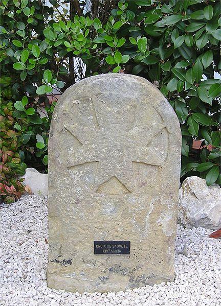 File:Leguevin croix sauvete.jpg