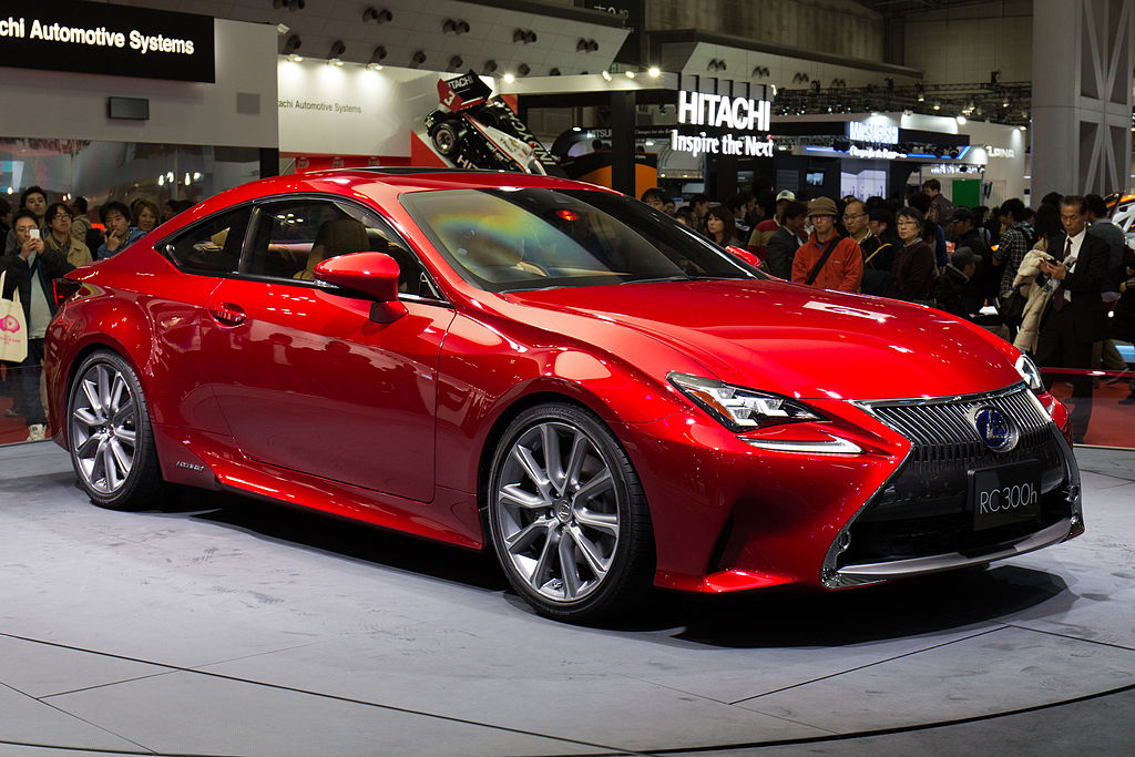 file lexus rc 300h front right 2013 tokyo motor wikimedia commons. Black Bedroom Furniture Sets. Home Design Ideas
