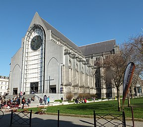 Lille Cathedral exterior 01.JPG