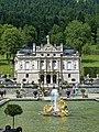 Linderhof Schloss Wasserparterre 1.jpg