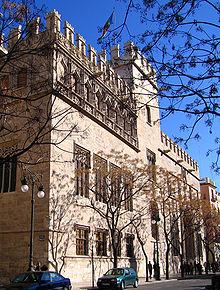 La Llotja de la Seda, simbolo del periodo d'oro valenciano.