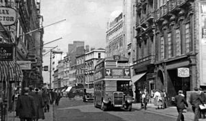 London Buses route 25 - AEC Regent III RT on Bond Street in August 1955