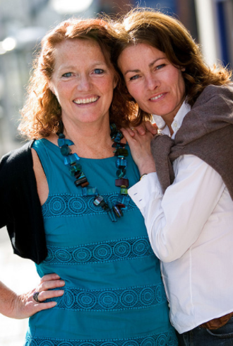 Janet Dibley - Janet Dibley (right) with Louise Jameson (left) in May 2009