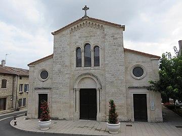 Lucenay - Façade église (sept 2018).jpg