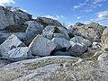 MOUTMARKA SKÅETANGEN Tjøme Norway Færder Nasjonalpark Friluftsområde Oslofjorden Svaberg Kampesteiner Natur geologi Kyststien Recreational hiking area National park Coastal landscape Smooth rocks Boulders etc 2021-04-26 IMG 7846.jpg