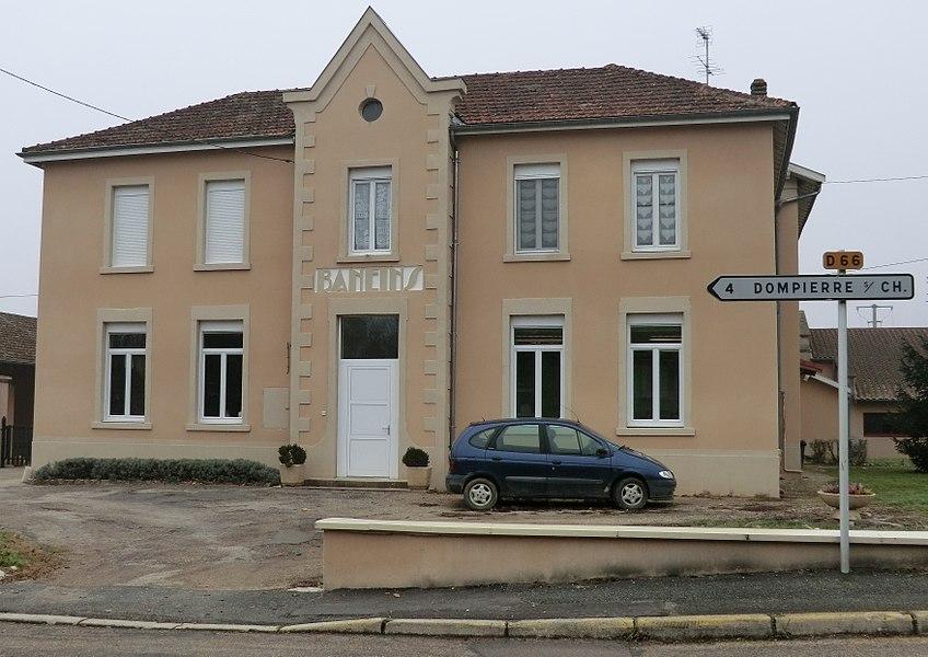 Mairie de Baneins en décembre 2013.