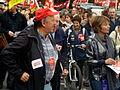 Manifestation du 2 Octobre 2010 - Manifestants (5047215084).jpg