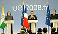 Manmohan Singh, the French and EU President, Mr. Nicolas Sarkozy and the President of European Commission, Mr. Jose Manuel Barroso interacting with media, at the 9th Indo-EU Summit, in Marseille, France on September 29, 2008 (1).jpg