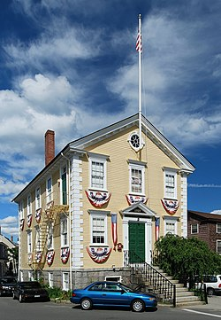 Marblehead Old Town Hall.jpg