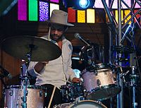 Matthew Correia (Allah-Las) (Haldern Pop Festival 2013) IMGP4080 smial wp.jpg