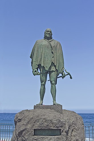 Bentor - A statue of Taoro mencey Bencomo, the father of Bentor.