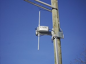 English: A photograph of a metro Wi-Fi antenna...