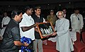 Mohammad Hamid Ansari being presented a memento, at the DR. Ambedkar Institute of Technology, in Port Blair. The Lt. Governor of Andaman & Nicobar Islands, Lt. General (Retd.) Shri A.K. Singh is also seen.jpg